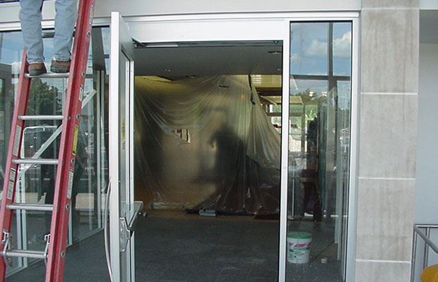 Hall of Justice - September 14 2001 - entrance to existing lobby